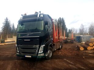 camion forestier VOLVO FH 540